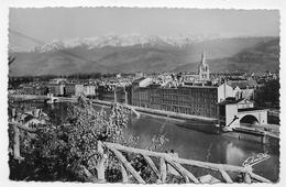 GRENOBLE - N° 1001 Bis - VUE GENERALE ET LA CHAINE DES ALPES - FORMAT CPA NON VOYAGEE - Grenoble