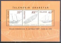 F163- Norfolk Iceland Island 1997.  Old Boats. - Ships