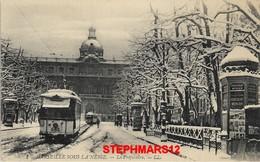 CPA 13 : N° 1 - MARSEILLE SOUS LA NEIGE 14 JANVIER 1914 - PRÉFECTURE ET PLACE SAINT FERREOL - TRAMWAY - édition LL - The Canebière, City Centre