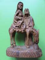 156 - Statuette En Bois D'Olivier - Sainte Famille - La Fuite En Egypte - Wood