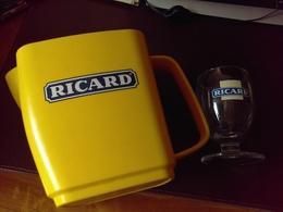 Petit Lot RICARD Pichet à Eau En Plastique RICARD Et Un Verre - Glasses