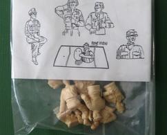 LOT DE TANKISTES ALLDS POUR PANTHER - Small Figures
