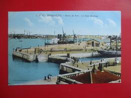 CPA 59 DUNKERQUE ENTREE DU PORT LA GARE MARITIME - Dunkerque