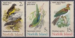 Norfolk 1971 Tiere Fauna Animals Vögel Birds Oiseaux Pajaro Uccelli Sittich Parakeet Tauben Doves, Aus Mi. 105-9 ** - Ungebraucht