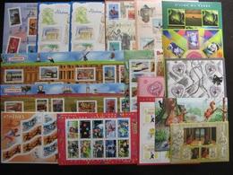 TB Lot De BF + 1 Carnet De France  .  Faciale En Euros, Neufs . Faciale =  156 Euros ( Surtaxes Non Comptées) . - Collections (without Album)
