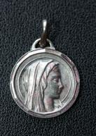 "Pendentif Médaille Religieuse ""Notre-Dame De Lourdes"" Religious Medal - Religione & Esoterismo"