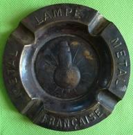 Rare Cendrier En Laiton ? Lampe Française Métal - Advertising