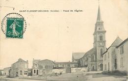 85 - ST FLORENT DES BOIS - VENDEE - PLACE DE L'EGLISE - VOIR SCANS - Saint Florent Des Bois