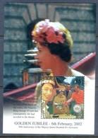 H20- St Kitts Queen Elizabeth Golden Jubilee 2002. - Royalties, Royals