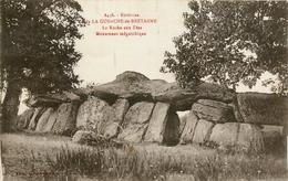 LA GUERCHE DE BRETAGNE - ENVIRONS - LA ROCHE AUX FEES - MONUMENTS MEGALITHIQUE - DOLMENS - La Guerche-de-Bretagne