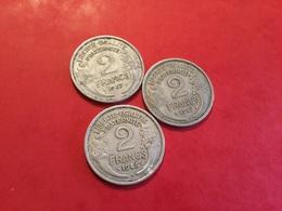 Lot De 3 PIÈCES 2F Morlon Avec La 1945B Voir Le Scan - Coins & Banknotes