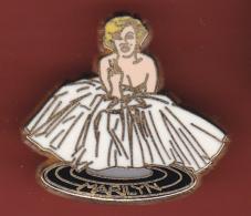 52815-Pin's.Pin Up.Marilyn Monroe.cinéma.signé Marc Ways.. - Pin-ups