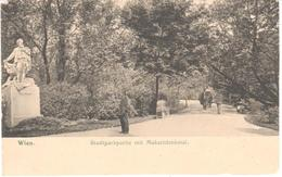 POSTAL  WIEN (VIENA)  AUSTRIA  - PARQUE DE LA CIUDAD CON MAKARTDENKMAL  ( STADTPARKPARTIE MIT MAKARTDENKMAL) - Viena