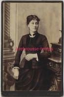 Vers 1880-Grand CDV (CAB) Jolie Femme, Joli Portrait-mode-photo MOSER à Saint Dizier - Photos