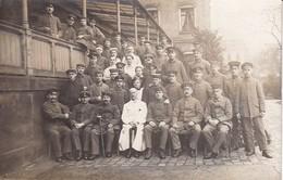 AK Foto Deutsche Soldaten Mit Krankenschwestern - Verwundete Kranke - 1. WK (34784) - Guerra 1914-18