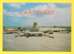 CPSM AIRPORT / FLUGHAFEN / AEROPORT  DÜSSELDORF Boeing 737-300 ( 1988 ) - Aerodromi