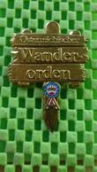 Medaille / Medal - Medaille -pins -  Österreichischer Wander Orden - EVG Raaba , Austria Oosterijk. - Steden