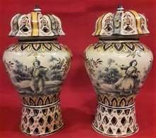 France 1700 -800 Pottery Pairs Perfectly Preserved And Are Painted With Two Different Images - Altri