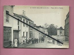 CPA - Haute Goulaine -( Loire Inf.) - Place Côté De L'église - Haute-Goulaine