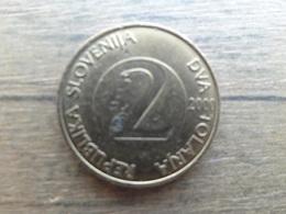Slovenie  2  Tolarja  2000  Km 5 - Slovénie