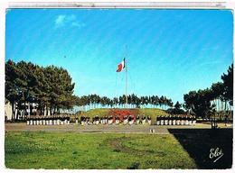 33  CENTRE  DE FORMATION  MARINE   D' HOURTIN 1968  LA PLACE  DE L' Etoile  CPM    BE     1L 236 - France
