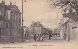 10 / TROYES / PONT DE LA RUE VOLTAIRE / JOLIE CARTE - Troyes