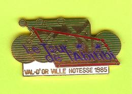 Pin's Cyclisme Le Tour De L'Abitibi Val D'Or Ville Hôtesse 1985 - 1P19 - Cyclisme