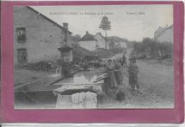 25.- RANDEVILLERS - La Fontaine Et Le Lavoir ( Lavandières ) - Frankrijk