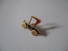Spille Automobile Anni 40 In Oro 18k - Brooches