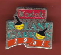 52837-Pin's.Tennis.Roland Garros.1991.Kodak.Photo... - Photography