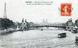 Cpa De Paris - Le Pont Alexandre III. Au Loin La Tour Eiffel Et Le Trocadéro - - Brücken
