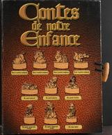 """10 Fèves Dans Le Livre Collector """"Contes De Notre Enfance"""" Complet En Très Bon Etat - Cartoons"""