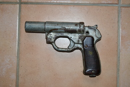 1 Pistolet Lance Fusée Allemand - Decorative Weapons