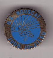 PIN'S --  U.S. BOUSCAT -- JUDO -- JU - JITSU ( Dép 33 ) - Judo