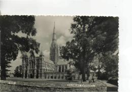 Postcard - Salisbury Cathedral - Posted 28th June 1961 Very Good - Postcards