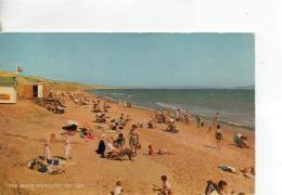 Postcard - The Beach, Highcliff - On - Sea - Posted 21st June 1967  Very Good - Postcards