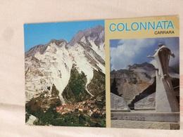 Cartolina-Carrara-il Paese Di Colonnata-Monumento Al Cavatore - Carrara