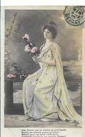 BELLE FEMME EN ROBE LONGUE  MOUSSELINE ET  ROSES   VERS 1905 - Mujeres