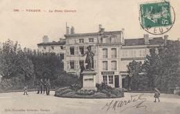 VERDUN: La Place Chevert - Verdun