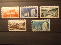 Série Timbres France Neufs** 1949 & 1951 N°841A à 843 & 888 (6) - Neufs