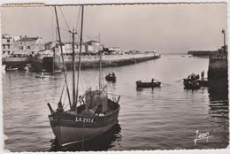 85 Les Sables D'olonne  Le Port Au Crepuscule - Sables D'Olonne