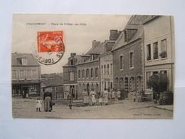 76## FOUCARMONT: Place De L'hotel De Ville          CPA - France