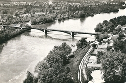 VILLENEUVE - Sur - ALLIER  ( 03 )  Vue  Aérienne  Du  Pont Et Les Bords De L'Allier . (  CPsm , Dentelée N Et B ) - France