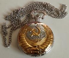 Reloj Ejército URSS CCCP De Bolsillo Con Cadena. Rusia Comunista - Militares