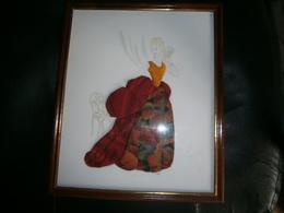 JOLI TABLEAU  FEMME ANNEE RETRO TISSU  DIM 32 X 27 CM - Other Collections
