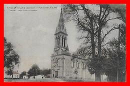 CPA (33) SAINT-JEAN-D'ILLAC.  Place De L'église...F898 - Autres Communes