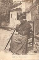 03 Allier  : Bourbon L'Archambault  Une Bourbonnaise Réf 4221 - Autres Communes