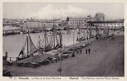 OSTENDE - Le Port Et La Gare Maritime - Oostende