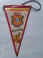 Banderín De Gerona. Cataluña España. Años '60-'70 - Escudos En Tela