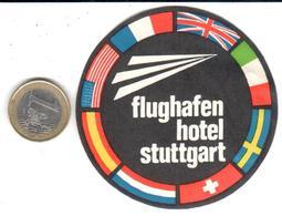 ETIQUETA DE HOTEL  -FLUGHAFEN HOTEL  -STUTTGART  -ALEMANIA - Hotel Labels